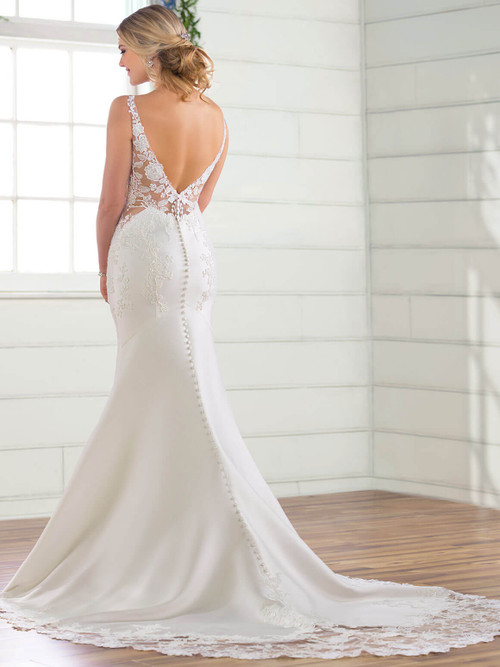 Essense of Australia Bridal Gown D2832