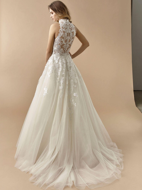 Enzoani Beautiful Wedding Gown BT20-13