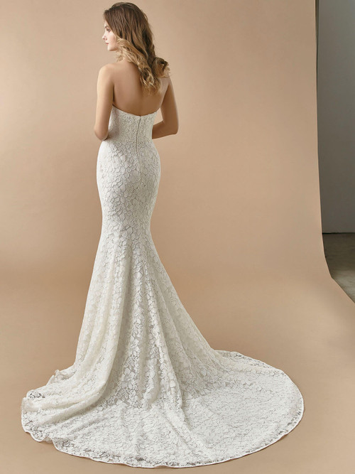 Enzoani Beautiful Wedding Gown BT20-16