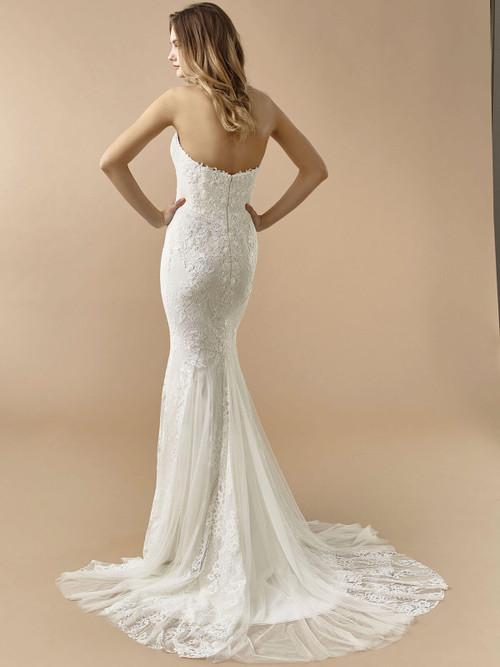 Enzoani Beautiful Wedding Gown BT20-17
