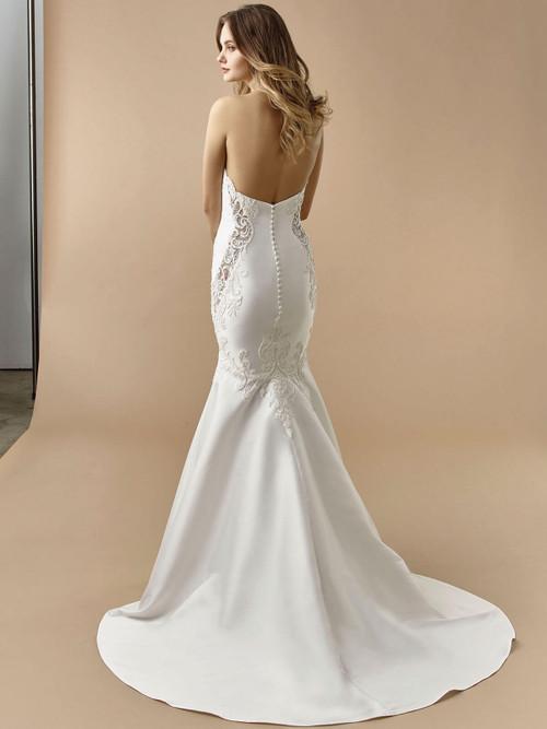 Enzoani Beautiful Wedding Gown BT20-18