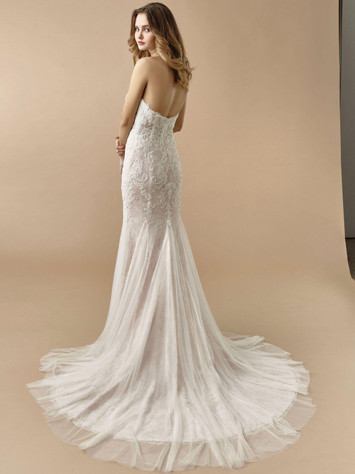 Enzoani Beautiful Wedding Gown BT20-20