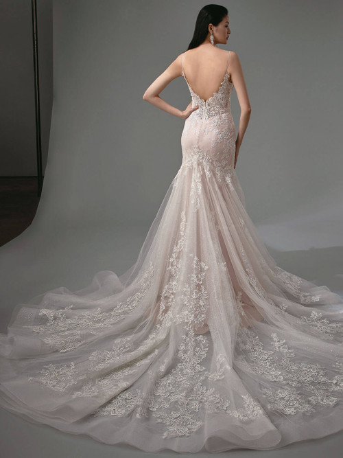 Enzoani Wedding Gown Magnolia