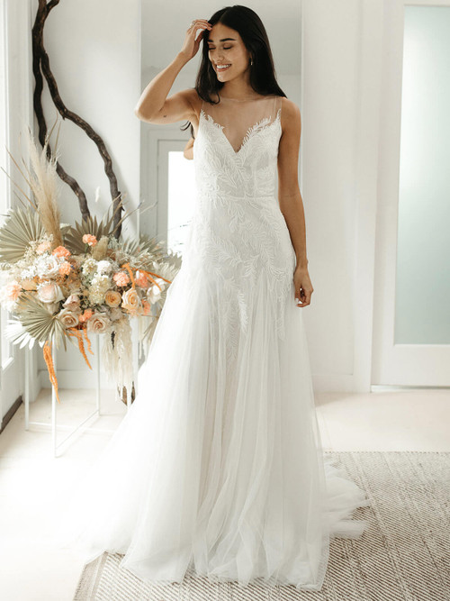 Fit and Flare Wedding Gown Willowby Hunny 55701