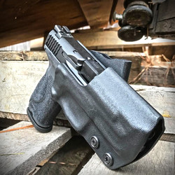 Smith & Wesson M&p 2.0 and Holster