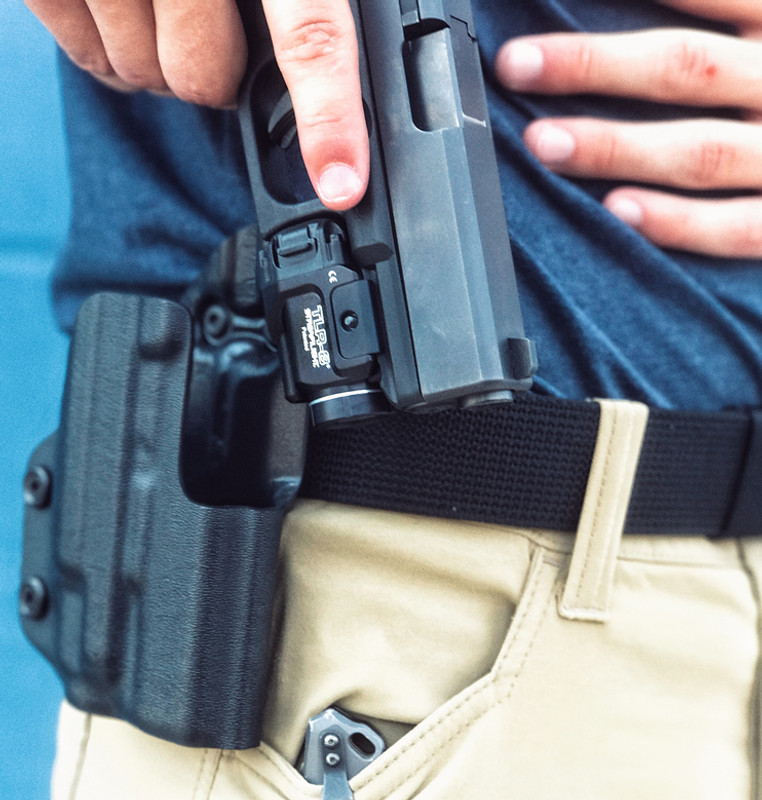 Glock 19 with TLR-8 Holster - DARA HOLSTERS & GEAR
