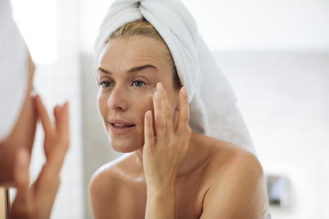 Can I Rub CBD Oil On My Skin?