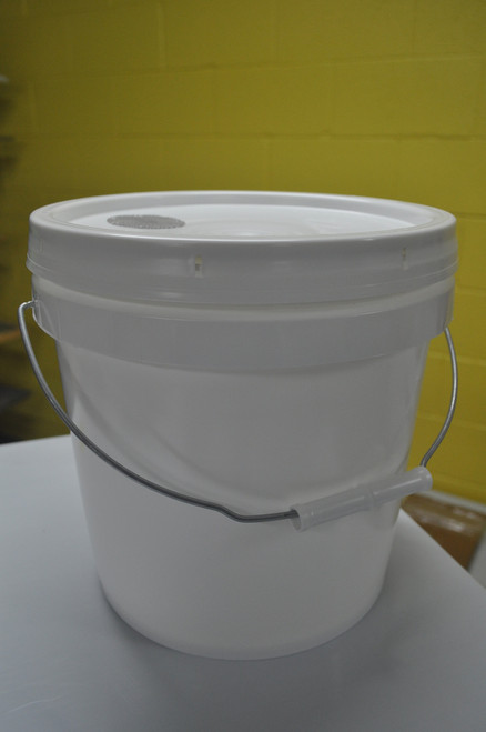 2 gallon pail feeder with screen for feeding of honeybees inside the beehive