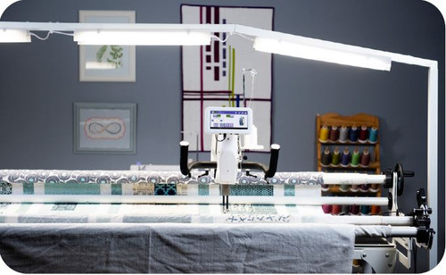 HQ HighLight Lighting System for any longarm table