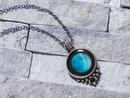 Moonglow Classic Necklace with Black Swarovski Crystal