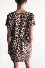 Leopard print short sleeve dress with pockets