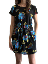 Black floral short sleeve dress with pockets