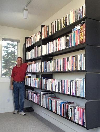 billsbookcase.jpg