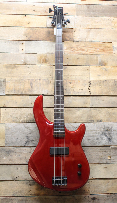 Dean Edge 09 Playmate E09M Red Bass Guitar - Local Pickup ChicagoLand Only