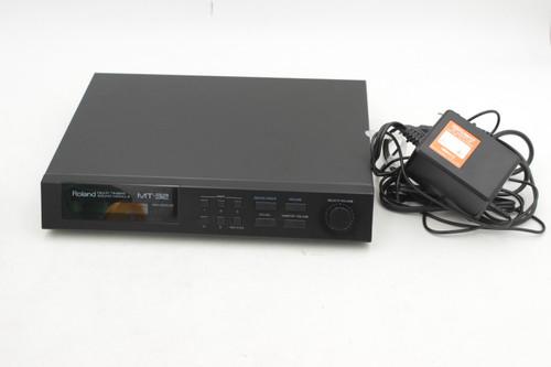Roland MT-32 Multi Timbre MIDI LA Sound Module Late Mode W/Power & Box, Papers