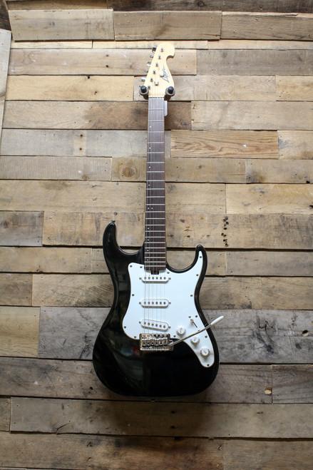 Washburn Lyon Black Strat Style Electric Guitar - Local Pickup Oswego, IL Only