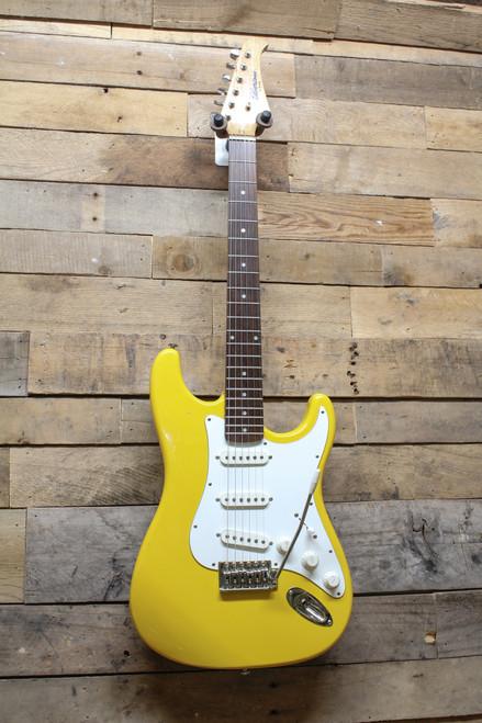 Silvertone by Samick MIK Korean Made Corvette Yellow Strat Style Guitar