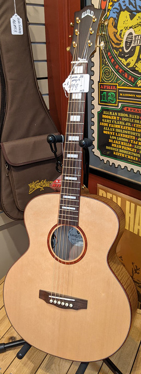 Guild Jumbo Junior Maple Acoustic Guitar with pickup