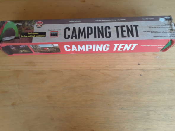 Camping Tent - La Carpa de Camping