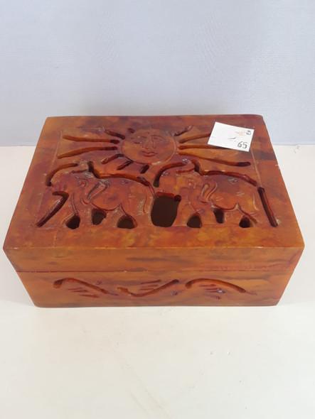 Box With Sun And Elephant - Caja con el Sol y el Elefante