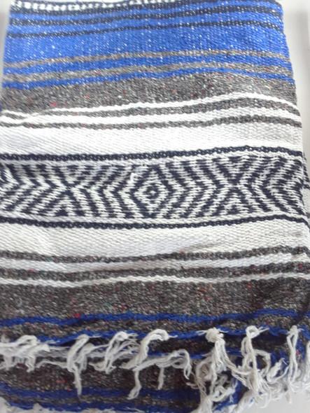 Classic Mexican Blanket : Cobalt Blue- Light Blue-White - Manta Clásica Mexicana : Azul Cobalto - Azul Claro - Blanco