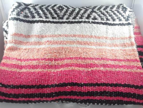 Classic Mexican Blanket, Hot Pink-Orange-Tan - Clásica Manta Mexicana, Rosa-Naranja-Tan Caliente