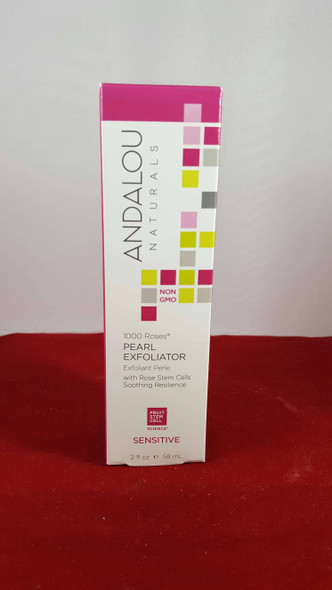 Pearl Exfoliator, with Rose Stem Cells, Sensitive, 2 fl oz. - Exfoliante de Perlas, con Células Madre de Rosa, Sensible, 2 fl oz.