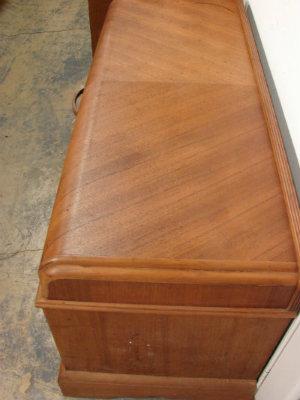 cedar-chest-after-kitchen-cabinet-cleaner.jpg