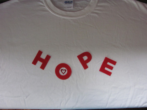 "extra large ""Hope"" T-shirt"