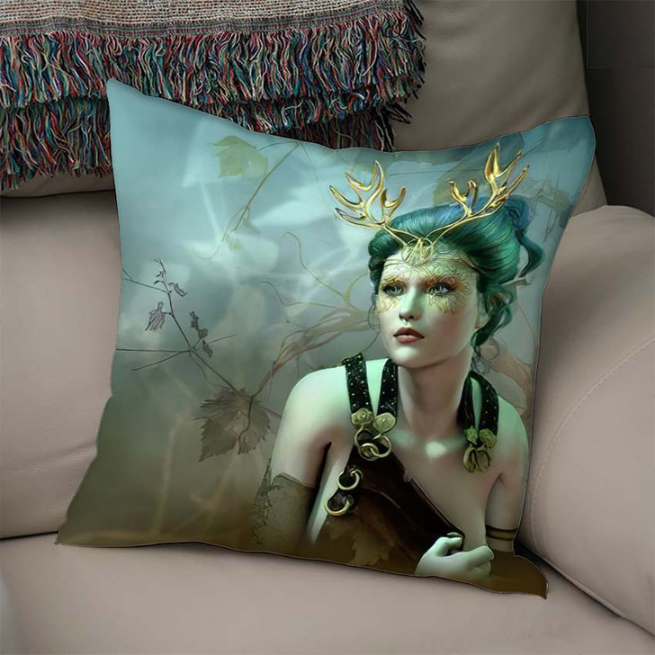 3D Computer Graphics Girl Golden Antlers - Fantasy Linen Throw Pillow