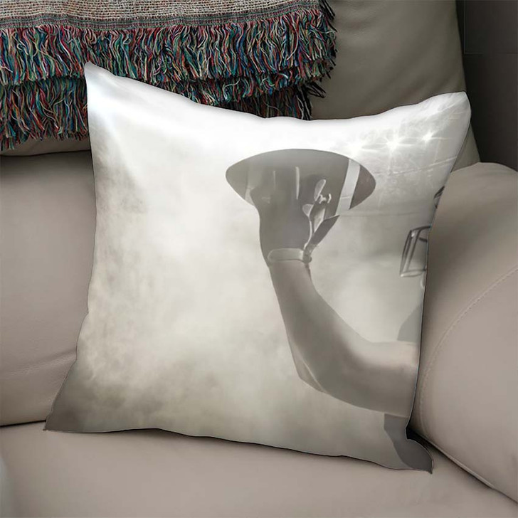 3D American Football Player Catching Ball - Football Linen Throw Pillow