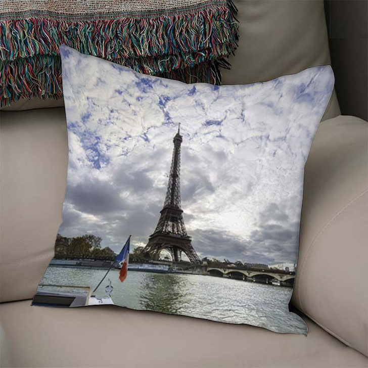 19 Mpx Panoramic View Eiffel Tower - Landmarks and Monuments Linen Throw Pillow