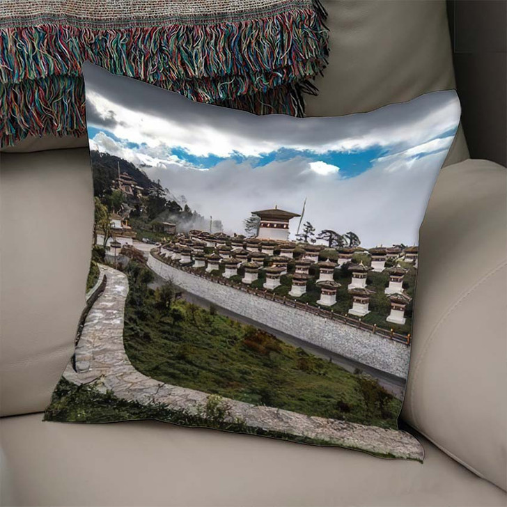 108 Memorial Chortens Dochula Sitting Glory - Landmarks and Monuments Linen Throw Pillow