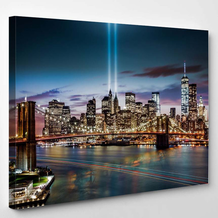 Tribute In Light Memorial Brooklyn Bridge And The Lower Manhattan Skyline At Dusk - Landscape Canvas Wall Decor