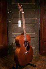 Martin 000-15M Guitar w/ Case