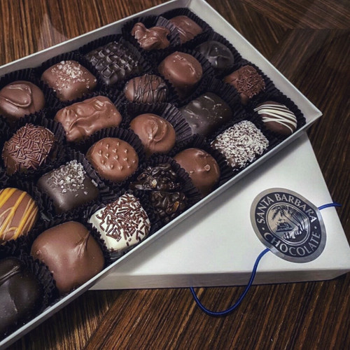 Assorted chocolates neatly arranged in a 1 pound gift box is a gift that everyone enjoys. Some of the best chocolate available in a chocolate box, you or your gift recipient will see why this assortment is recognized as the smart choice when buying gourmet chocolates.