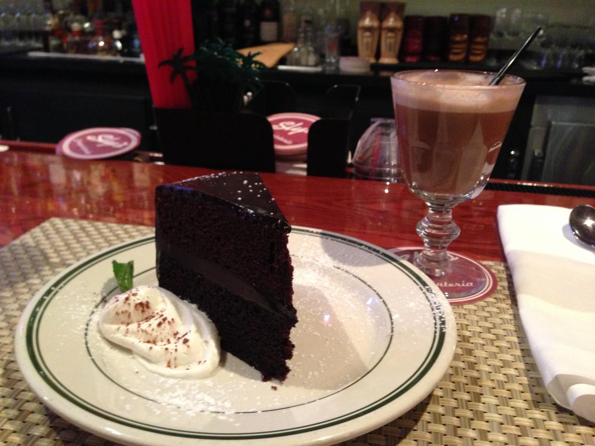 manjo-dark-chocolate-cake.jpg
