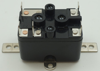 Packard SPDT Switching Fan Relay, 24 Coil Voltage, 18 Resistive Amps, PR370