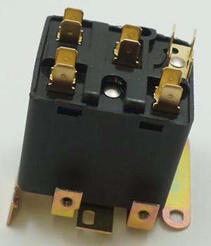 Packard Potential Relay, 395 Voltage, 245-275 pick up, 140 drop off, PR9064