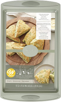 """Olive Oil Infused Bakeware 17.2"""" x 11.4"""" Baking Pan by Wilton, 2105-0-0360"""