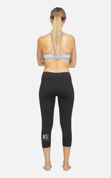 RST Fitness: Ladies Hi-Rise 3/4 Length Compression Tights
