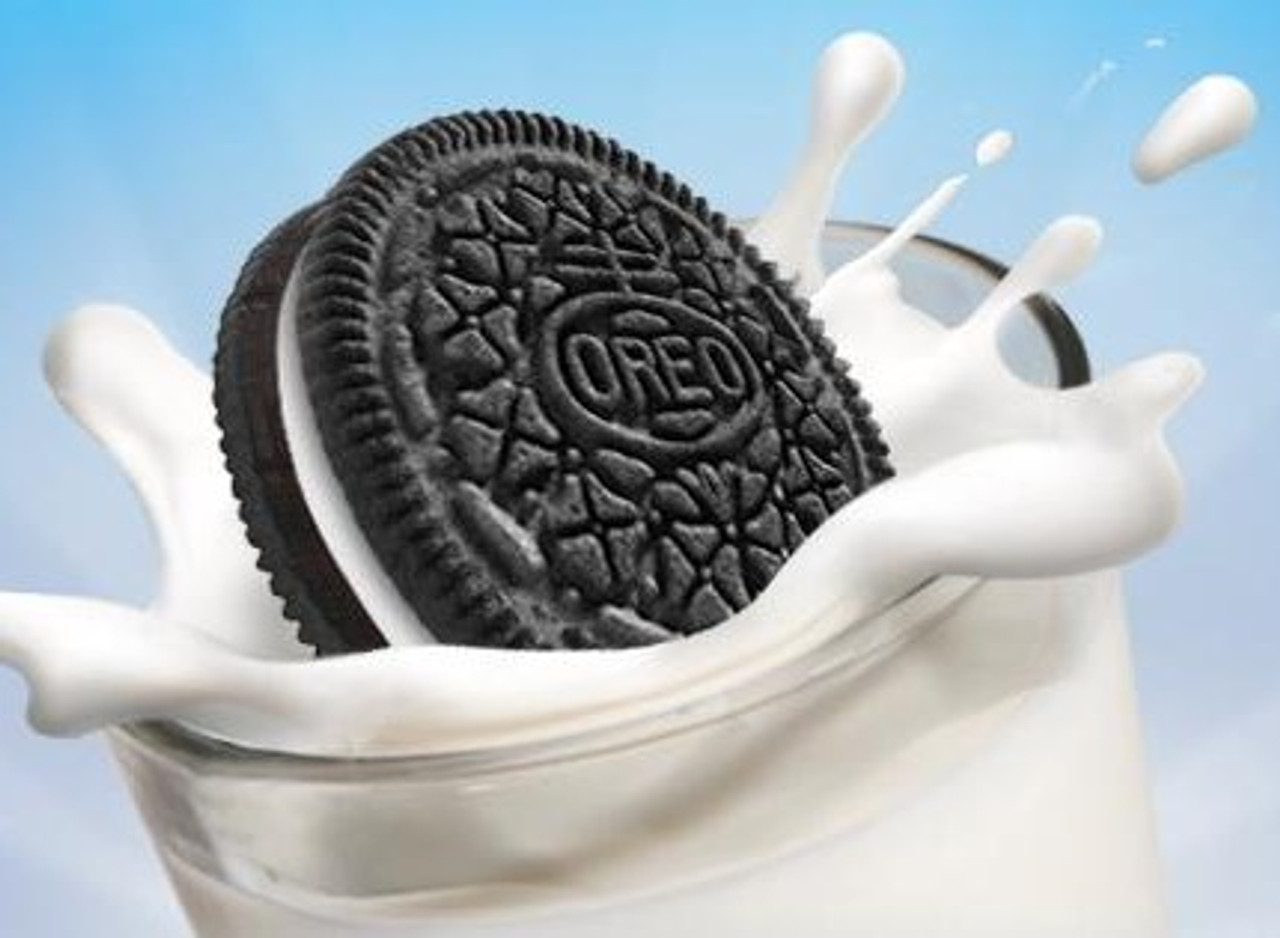 NEW -  Milk & Cookies Set - Self Drinking Milk & Instant Restore Cookie. Dozens of different messages