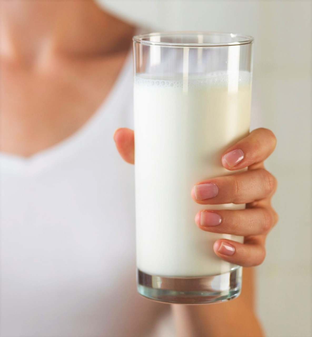 NEW  Modern Wonder Glass - TALL - The milk magically drinks itself! Must have utility prop