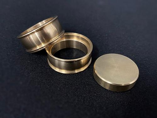 Coin Squeeze Brass Magic Trick Coin Pocket Gospel