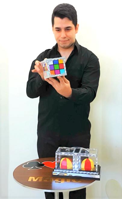 Tora Magic Trick Rubiks Cube Crystal Box Glassy Back