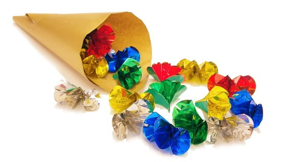 spring-flowers-from-cone-magic-trick-edited-4-jpeg.jpg