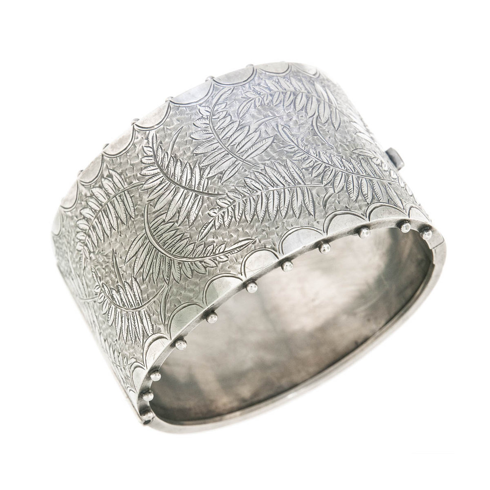 Victorian Silver Bangle Bracelet with Hand Engraving in a Fern Pattern