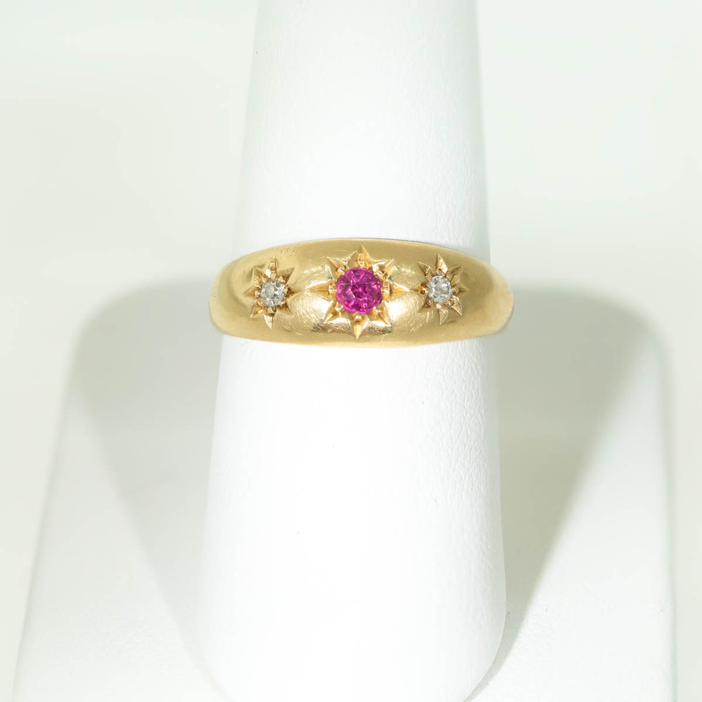 Antique 18 ct Gold Diamond and Ruby Ring Set in Carved Stars