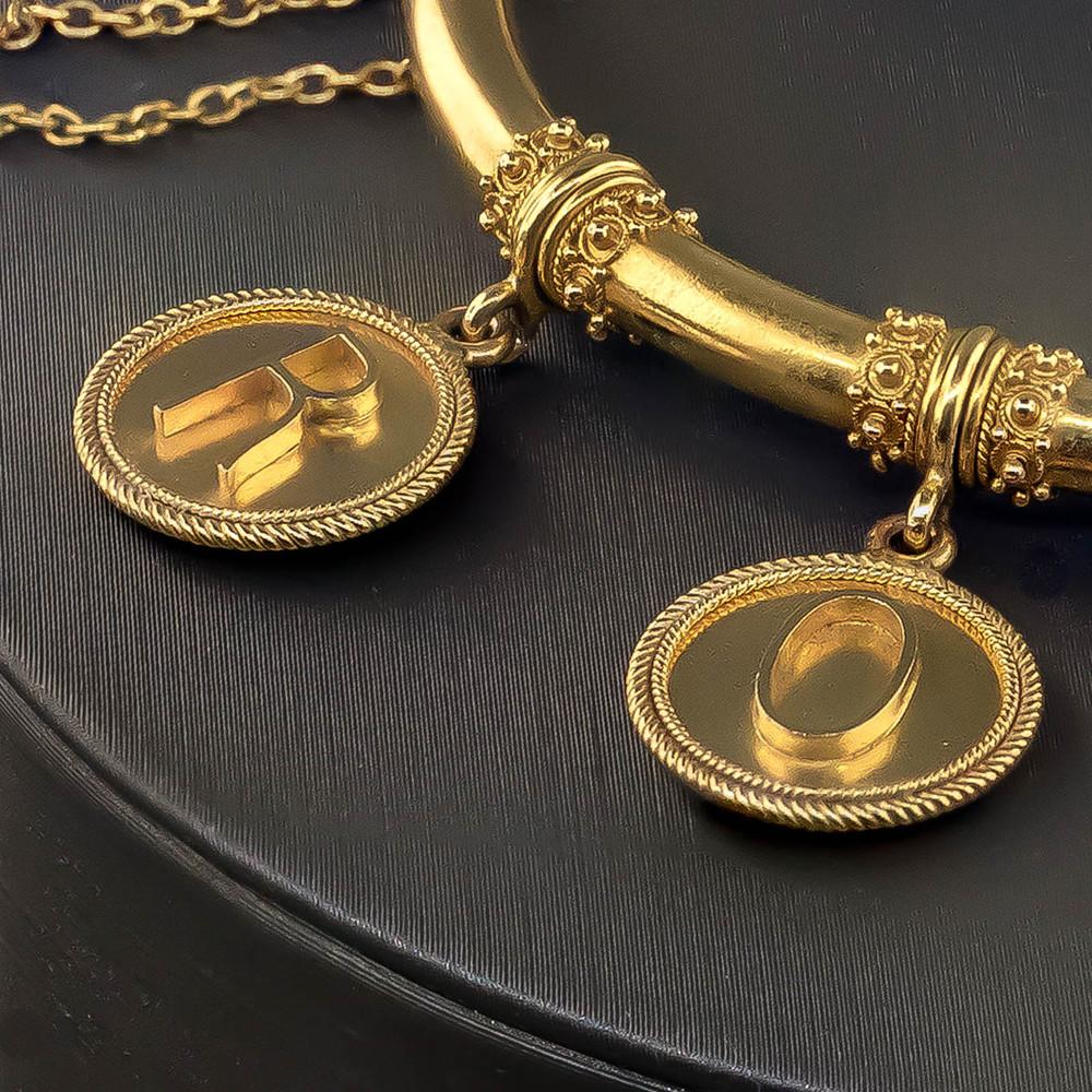 Etruscan Revival Gold Bangle Bracelet in 18 kt Gold