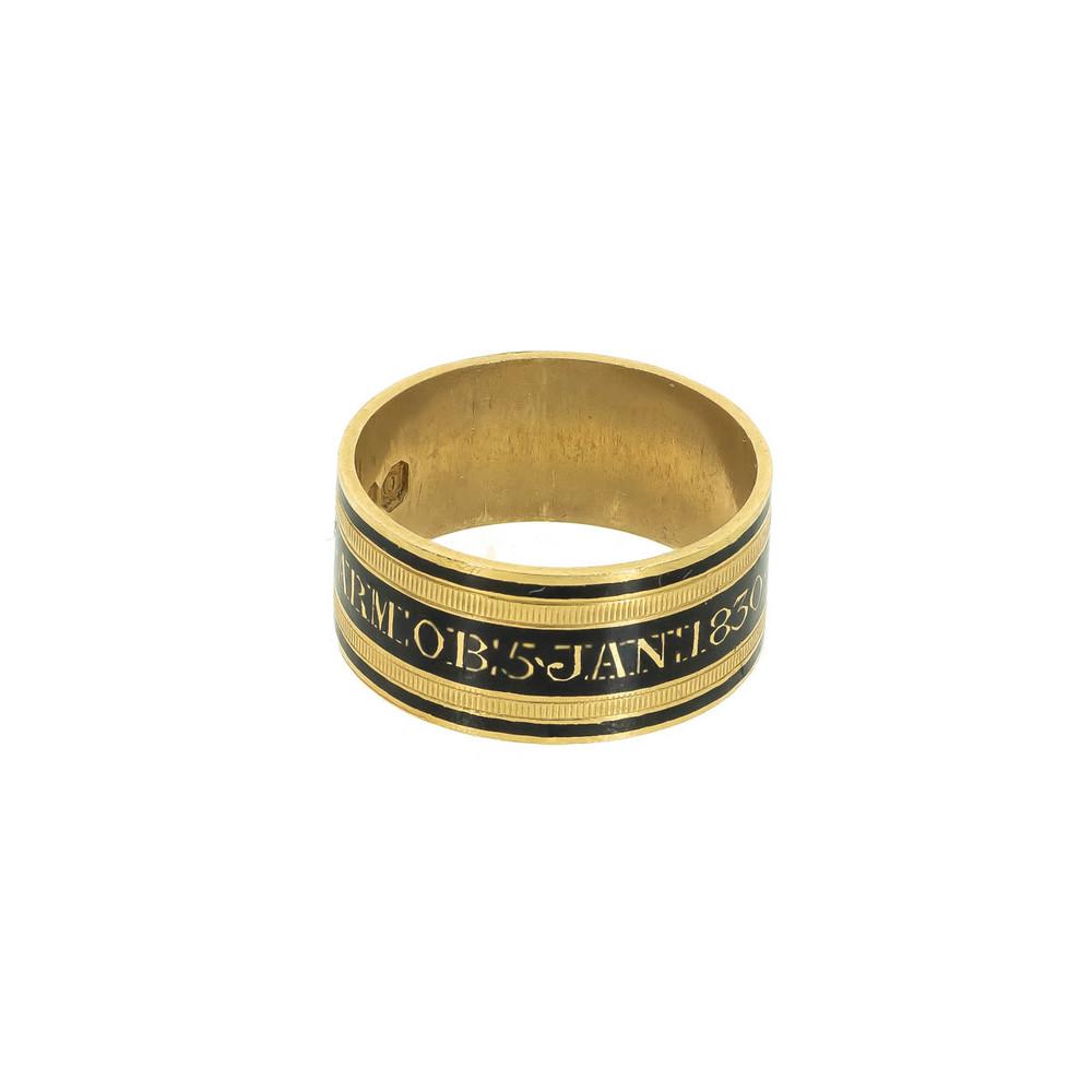 Antique memorial ring in black enamel and gold